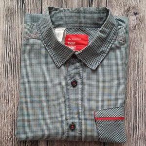 Quechua Lightweight Short Sleeve Buttom Up Shirt S